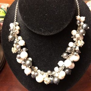 Jewelry - Mixed Pearl Necklace